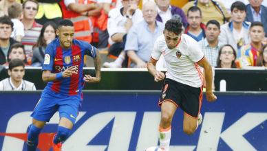 Neymar se encaró con la grada de Mestalla/ Foto: Lázaro de la Peña.