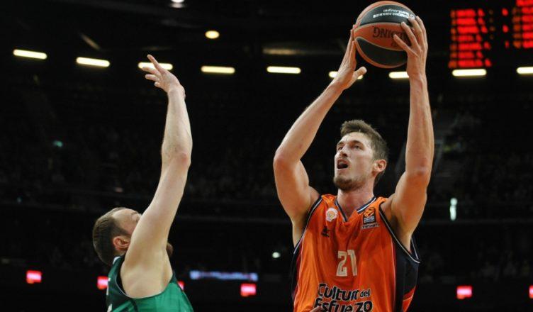 Valencia Basket no logró llevarse la victoria de Kaunas en un encuentro que se decidió en los últimos compases.