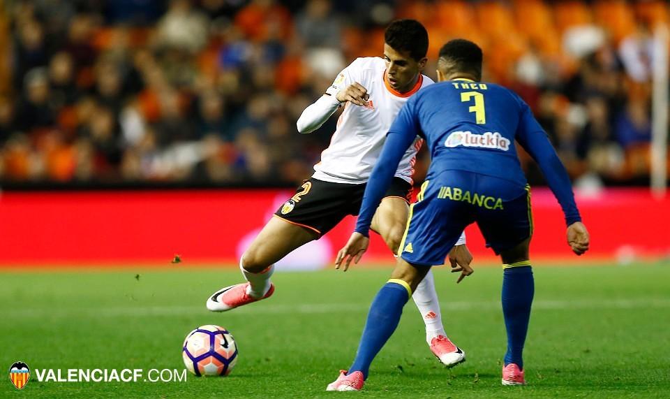Cancelo brilló en Mestalla/ fotos: VCF