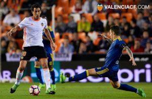 Parejo canalizó el juego del Valencia/ Fotos: VCF
