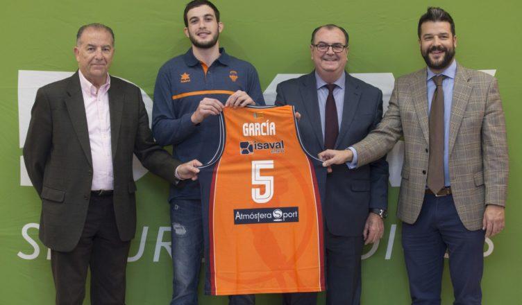 """Sergi García """"Es un sueño vestir esta camiseta, trabajo duro para debutar pronto"""""""