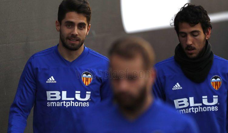 ▷ El Valencia se refuerza con Sobrino y Roncaglia ... e6f8c1a0288f0